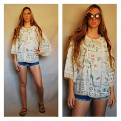 Tunic Top Blouse 1970s 70s VTG Vintage Bird Birds Print Peasant Lace Gathered Hippie Coachella Style Summer Feminine Romantic Medium Large
