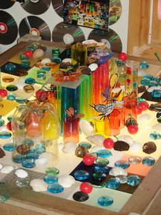 What an amazing collection of materials for the light table.