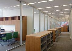 Por dentro do escritório do The New York Times. Conheça a linha de offices para ambientes corporativos da Brera Design: www.breradesign.com.br