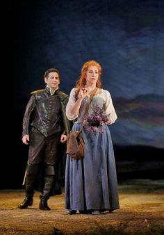 """Mezzo-soprano and AVA alumna Joyce DiDonato stars as Elena in """"La Donna del Lago"""" at the Met"""