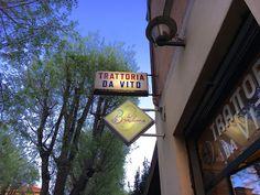 La storicissima Trattoria da Vito, nonostante il tempo che passa e i suoi ricordi, riesce a mantenere ben salda l'offerta di una cucina bolognese DOC. Bologna Food, Bolognese, Neon Signs
