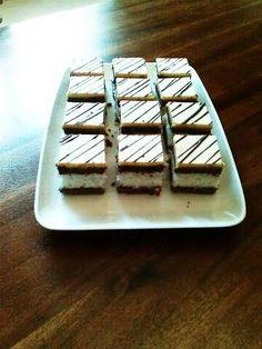 Kokosový rez so žĺtkovou polevou - recept Czech Recipes, Nutella, Ale, Waffles, Health Fitness, Food And Drink, Breakfast, Sweet, Kuchen