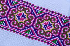 Hand Embroidery Stitches, Ribbon Embroidery, Cross Stitch Embroidery, Cross Stitch Patterns, Cross Stitch Geometric, Butterfly Cross Stitch, Cross Stitch Flowers, Quilt Stitching, Cross Stitching