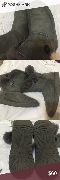 Pay only $50 if you use offer button 💯% AUTHENTIC Bailey button , UGG Australia  , the shoes needed  for this time of year , very warm ,soft and comfy ,very light show of wear from normal use , no hole ,rip or tear , absolutely no wear on both sole and heels , fur still thick and full all around inside size 7 also nice fit for 7.5 UGG Shoes Winter & Rain Boots