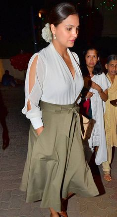 Lara Dutta at midnight mass. #Bollywood #Fashion #Style #Beauty #Hot #Punjabi