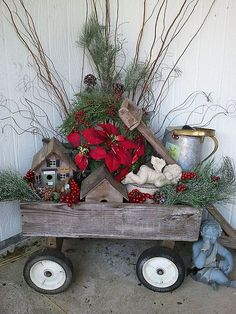 Rustic Christmas Decorations look very cool and cozy. Check these awesome DIY Rustic Christmas Decorations ideas and give a traditional look to your home. Christmas Porch, Noel Christmas, Primitive Christmas, Outdoor Christmas Decorations, Country Christmas, Christmas Projects, All Things Christmas, Winter Christmas, Holiday Crafts