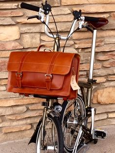 Carradice Leather Folder for Brompton « PortaPedal Bike Leather Folder, Road Bike Accessories, Folding Mountain Bike, Road Bikes, Bicycle Maintenance, Cycling Workout, Cool Bicycles, Mimi Berry, Mountain Biking