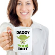 Daddy yoda best,star wars,unique coffee mugs,pottery coffee mugs,cool mug,coffe mugs,funny coffee mugs for women,morning coffee by Bulwar on Etsy Cool Mugs, Unique Coffee Mugs, Funny Coffee Mugs, Coffee Humor, Teachers' Day, Fishing Gifts, Foster Parenting, Morning Coffee, Wedding Engagement
