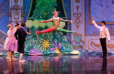 moscow ballet nutcracker, i was in it! they are beautiful!