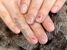 Natürliche Nägel mit Blumen Rosa Nude Nails, Pink, Nail Studio, Flowers, Nice Asses, Finger Nails, Ongles, Nail, Nail Manicure