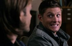 Cheer Up, 'Supernatural' Fans: Jensen Ackles Still a Showdown Superstar Supernatural Fans, Supernatural Wallpaper, Jensen Ackles Birthday, Excited Gif, Funny Scenes, Dean Winchester, Superwholock, Funny Faces, Geek