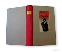 Encuadernación del libro Plays de Oscar Wilde. Book binding Plays of Oscar Wilde. https://www.etsy.com/es/shop/HayukoCueroyPapel www.hayuko.com  https://www.facebook.com/hayukocueroypapel  https://www.instagram.com/hayukocrafts/ https://www.pinterest.com/infohayuko http://issuu.com/hayukocueropapel https://plus.google.com/u/1/+HayukoCueroyPapel/