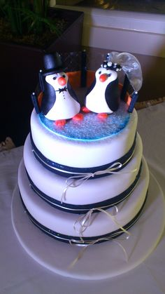 Chantilly Dreams and Alchemy - Bespoke, Artisan, Wedding Cakes - Based in Kinsale Co. Penguin Cakes, Personalized Cakes, Food Items, Cake Toppers, Wedding Cakes, Artisan, Shapes, Penguins, Baking