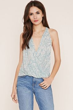 FOREVER 21 contemporary zigzag top