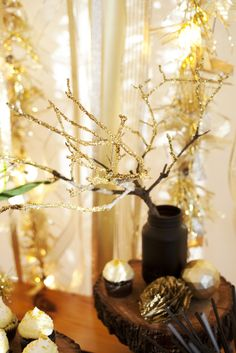 """Gorgeous """"Gold Rush"""" New Year's Eve party concept // The Sweetest Occasion"""