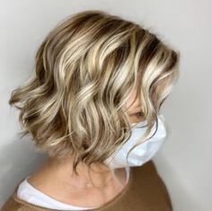 Medium Hair Cuts, Short Hair Cuts, Medium Hair Styles, Curly Short, Curly Bob, Trendy Haircuts For Women, Short Hairstyles For Women, Good Haircuts, Women's Haircuts Medium
