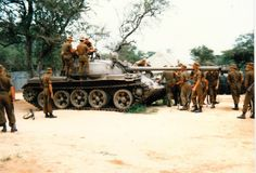 The South African Defence Force inspecting a captured during the Angolan War Military Post, Military Weapons, Once Were Warriors, South African Air Force, Military Branches, Defence Force, Armored Fighting Vehicle, Military Modelling, Ww2 Tanks