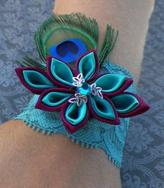 Peacock Feather and Kanzashi Flower Elastic Lace Crosage/bracelet