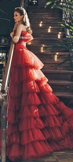Red Ball Gowns, Ball Gowns Evening, Red Gowns, Ball Gowns Prom, Ball Gown Dresses, Elegant Ball Gowns, Elegant Gown, Red Wedding Gowns, Colored Wedding Dresses