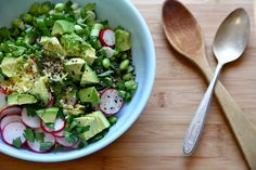 Avocado, Edamame and Radish Salad Try This Simple, Salad For Lunch Tomorrow Edamame Salad, Radish Salad, Edamame Recipe, Onion Salad, Easy Salads, Healthy Salads, Healthy Eating, Vegetarian Recipes, Cooking Recipes