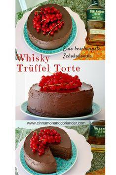 Diese Whisky Trüffel Torte ist jede Kalorie wert! Drei Schichten zart-schmelzender Whisky Ganache mit leichter Orangen und Espresso-Note zwischen Lagen aus saftigem Rotwein-Schokoladenbiskuit. Einige Kleckse Himbeer-Konfitüre auf jedem Boden sorgen für eine schön säuerlich-fruchtige Note im Abgang.
