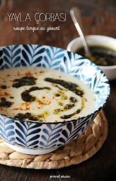 yayla corbasi, soupe turque au yaourt - turkish yogurt soup