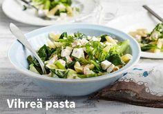 Vihreä pasta, Resepti: Valio #kauppahalli24 #valio #vihreä #pasta #pastaruoka #ruoka #resepti #arkiruoka Pasta Primavera, Pasta Recipes, Pasta Salad, Sprouts, Potato Salad, Salads, Potatoes, Dinner, Vegetables