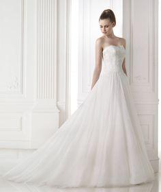 Abiti da sposa della collezione Glamour 2015 - Pronovias