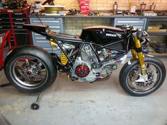 RocketGarage Cafe Racer: Ducati 1123cr