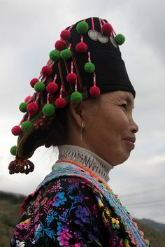 Vietnam   Portrait of a White Hmong woman. The Hmong (Mong) are concentrated in Ha Giang, Tuyen Quang, Lao Cai, Yen Bai, Lai Chau, Son La, Cao Bang and Nghe An provinces.   © Walter Callens