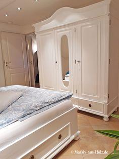 Der Kleiderschrank Hat Es In Sich   Romantisch, Hochwertig Und Einfach Schön!  Www.massiv Aus Holz.de #wardrobe #schrank #kleiderschrank #landhausschrank  ...