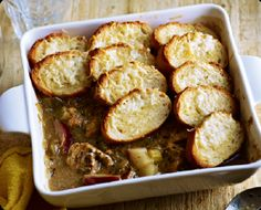 must be my favourite recipe to date in our 1940s ration experiment... pork and garlic bread bake.... BEAUTIFUL http://rationingrevisited.com/2012/02/06/pork-and-garlic-bread-bake/