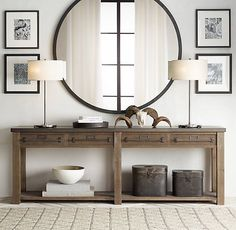 Zinc-Top Mercantile Console Table 2019 This would be so gorgeous in our entry way. Zinc-Top Mercantile Console The post Early C. Zinc-Top Mercantile Console Table 2019 appeared first on Entryway Diy. Decoration Hall, Entryway Decor, Entryway Ideas, Modern Entryway, Long Entryway Table, Foyer Table Decor, Entryway Console, Table Lamps, Entryway Stairs