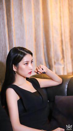 Gfriend Album, Gfriend Yuju, Gfriend Sowon, Korean Girl Band, Korean Girl Groups, South Korean Girls, Walpurgis Night, Moving Photos, Red Velvet Joy