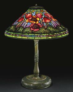 La vie intérieure, Poppy Tiffany Lamp