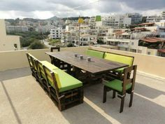 Large table  chairs and 2 large benches! This would be so nice to have on my back patio to have family dinners.