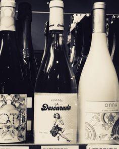 #ladescarada #vino #barcelona Barcelona, Wine, Drinks, Bottle, Sassy, Drinking, Beverages, Flask, Barcelona Spain