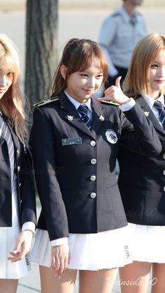 #여경 레전드 Beauty Army, Beauty Women, Pretty Korean Girls, Beautiful Asian Girls, Mädchen In Uniform, The Rok, Military Women, Korean Military, Indonesian Girls