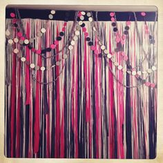 Layered look with garland over streamers