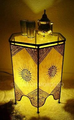 Nice moroccan light/table