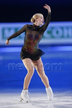 Gracie Gold - the volcano dress Gracie Gold, Ice Dance Dresses, Figure Skating Dresses, Ashley Wagner, Figure Ice Skates, Skate Wear, Winter Sports, Dance Costumes, Dance Wear