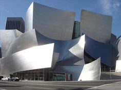 Architects In the 21st Century Are Pushing the Envelope! The Disney Concert Hall polarizes opinion. Designed by the same architect that designed the Guggenheim Museum in Bilbao, Spain, no-one can deny it's an icon of 21st Century architecture.