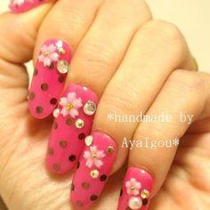 Japanese deco nails, 3D nails, longe finger nails, pink, Sakuran, polka dots and cherry blossom nail art