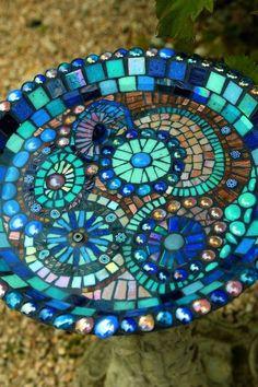 Mosaic Bird Bath DIY