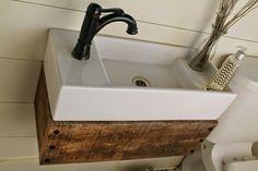 Waschtisch Massivholz Waschbecken aus Porzellan