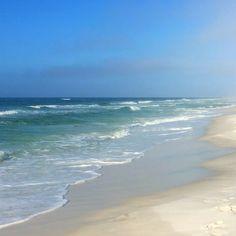 """Winter"" never looked so good  #hiltonsandestin #lovefl #southwalton @sharealittlesunshine"