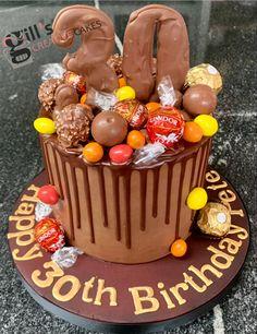 Chocolate cake with Lindors and Ferro Roche and Peanut M&M's Chocolate Drip, Chocolate Cake, Hen Party Cakes, 30 Birthday Cake, Cake Makers, Creative Cakes, Celebration Cakes, Baby Shower Cakes, Wedding Cakes