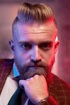 The best ideas for Viking hairstyles are gathered here. Find a short curly mens top knot, a medium undercut hairstyle, intricate Viking braids for long hair and many other stylish haircuts and beards for warriors in our gallery. #menshaircuts #menshairstyles #vikinghairstyles #vikinghaircut #vikinghair Viking Haircut, Viking Hairstyles, Undercut Hairstyles, Tapered Undercut, Undercut Men, Medium Undercut, Stylish Haircuts, Haircuts For Men, Viking Braids