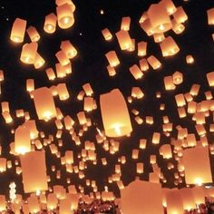 Lanterns with best wishes from family and friends