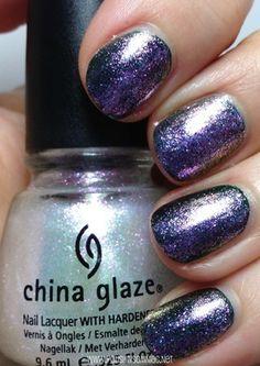 China Glaze Travel in Color over Jolly Holly #nails #chinaglaze #holiday